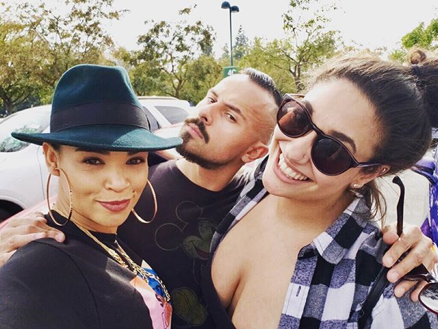 STARTED SPRING BREAK 2018 OFF RIGHT W THESE RIDE OR DIES!!! ... and it might finish w them too 🤔 @flavorfulsoul @elliedancesandshtuff #bff #rideordie