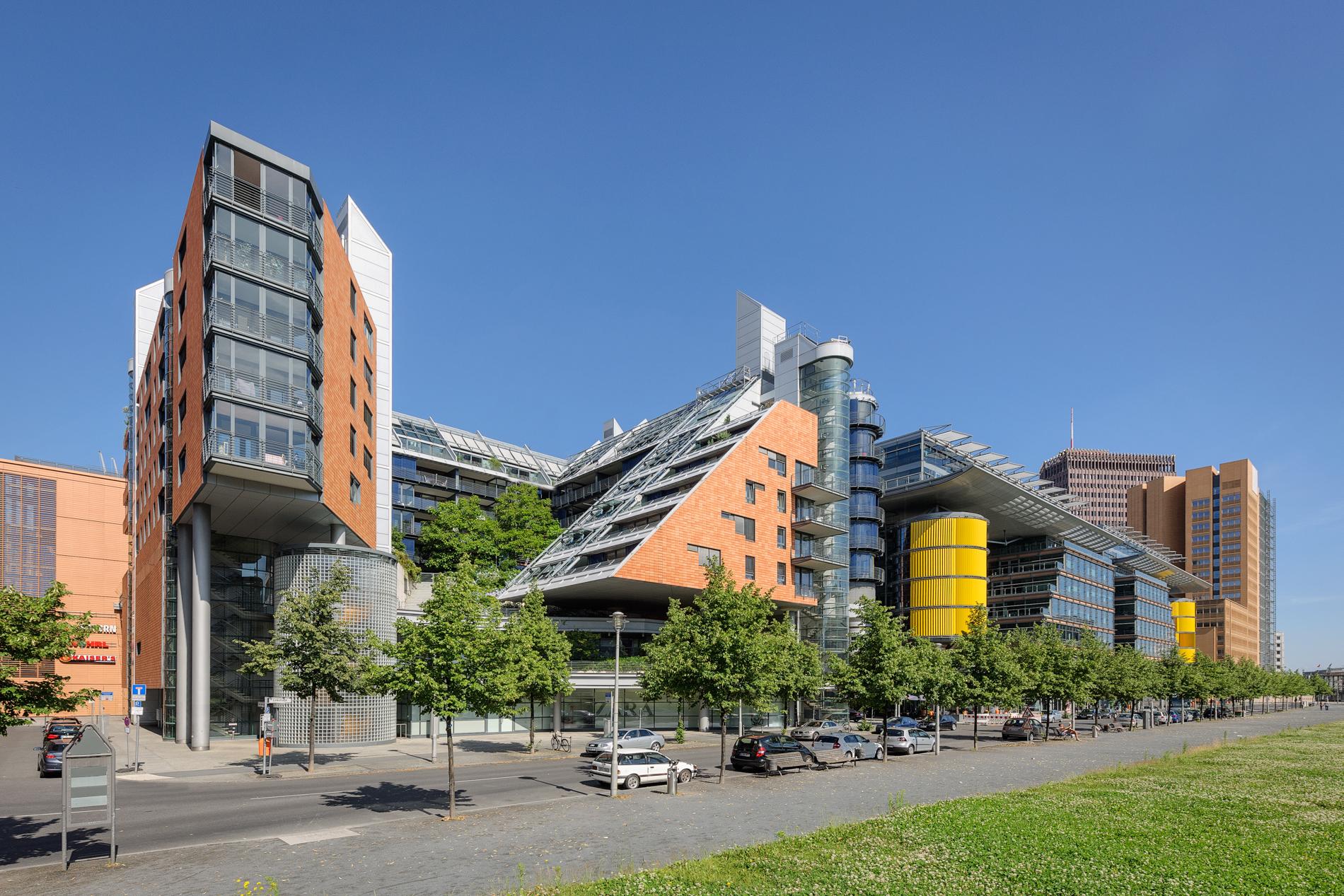 Residential Buildings Street View   Potsdamer Platz