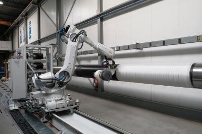 Automated_rubber_large_hose_wrapping.jpg