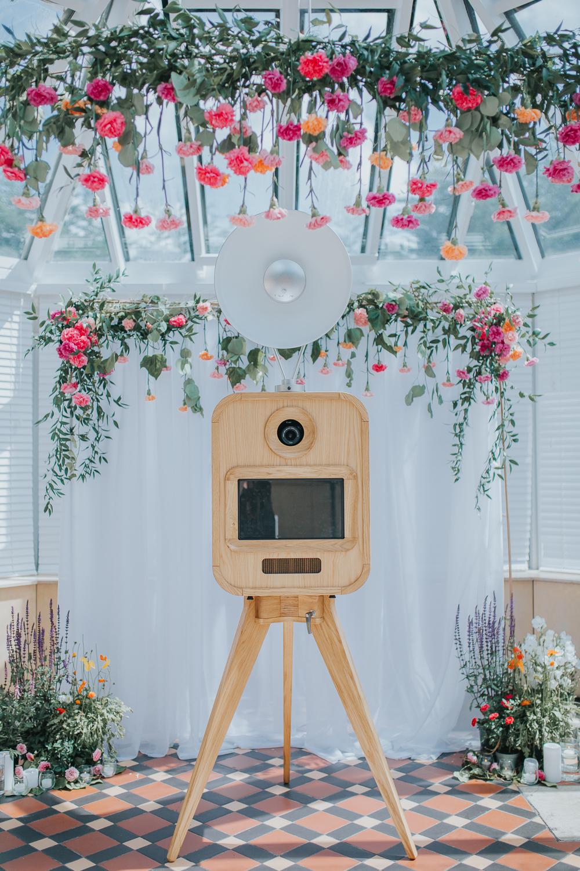 VIVA LA BOOTH - - photo booths -