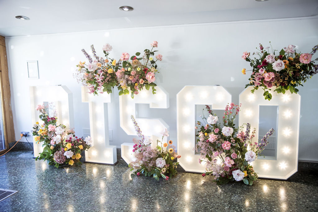 Amazing Highlights From THE UN-WEDDING SHOW Daytime Disco