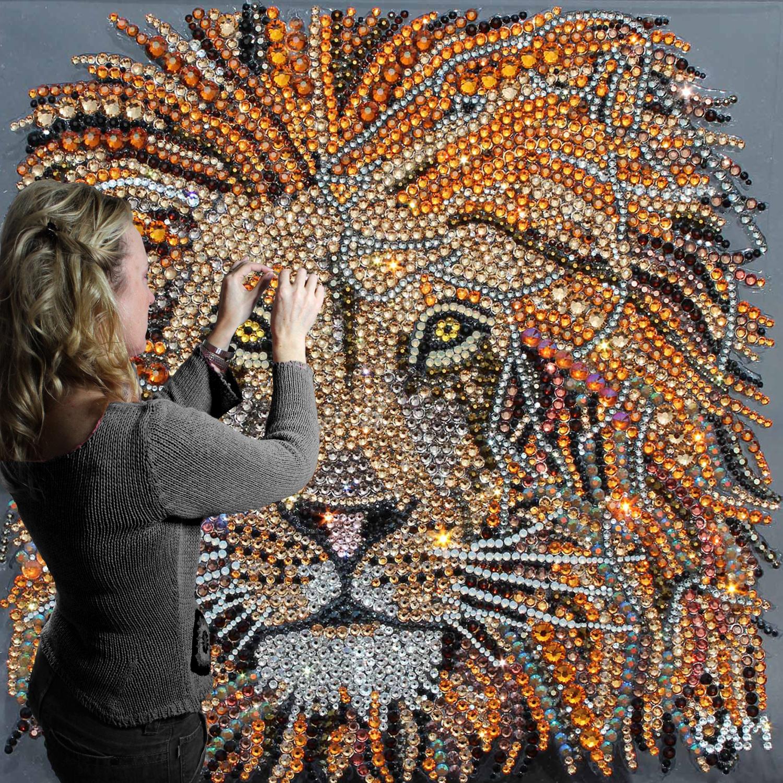 lion_working.jpg