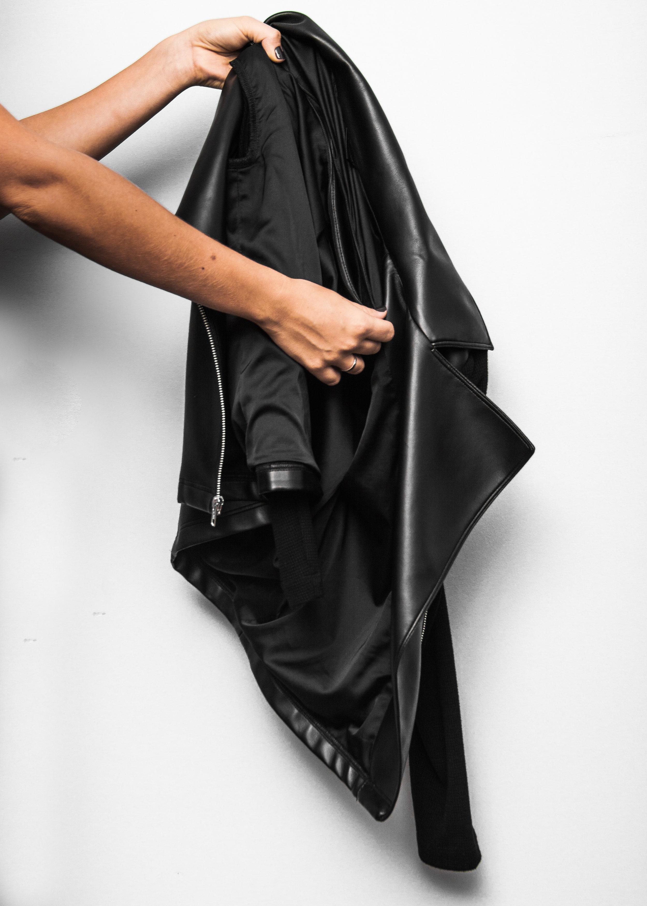 2. Unzip inner lining