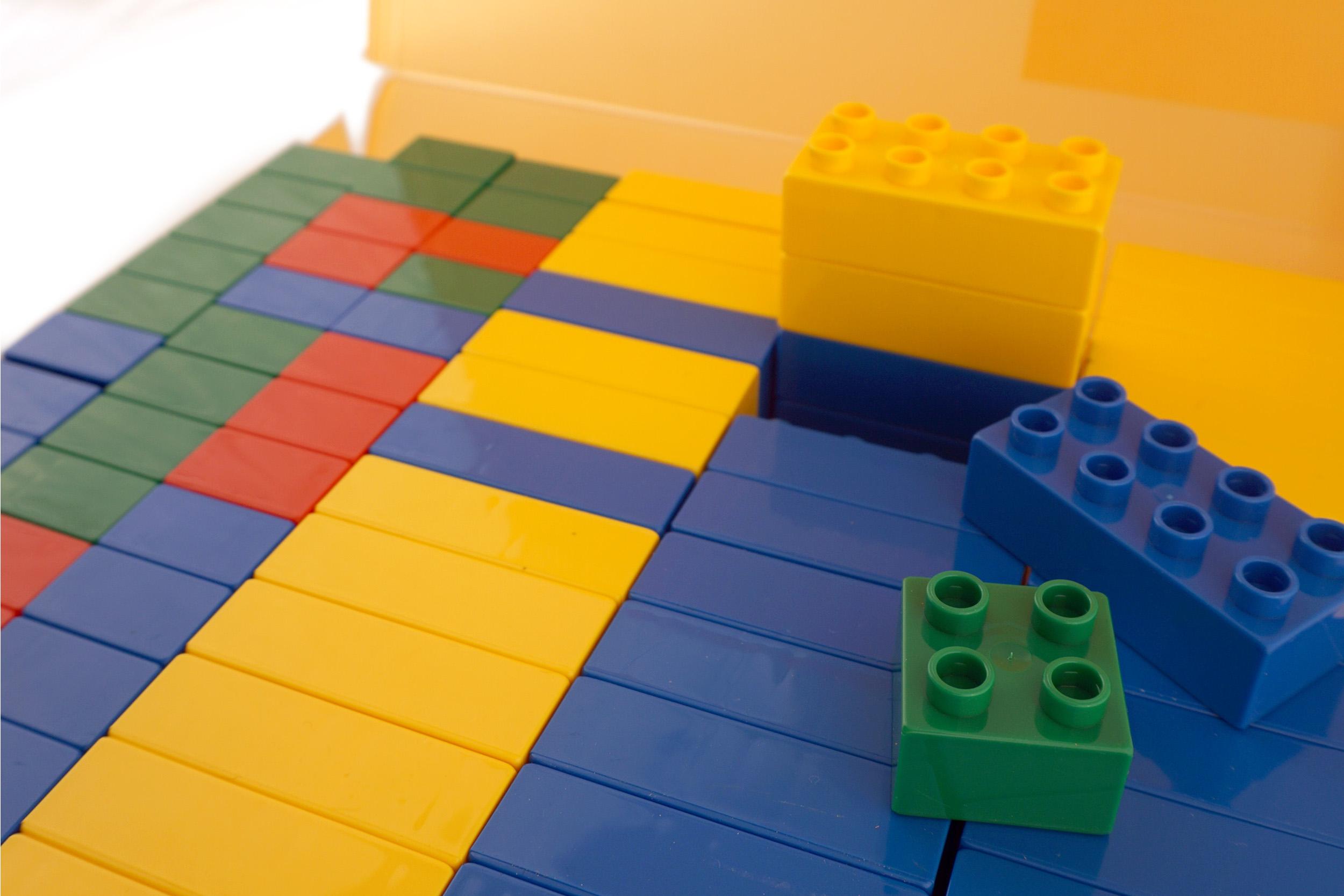 150dpi_bricks_2500x1667.jpg