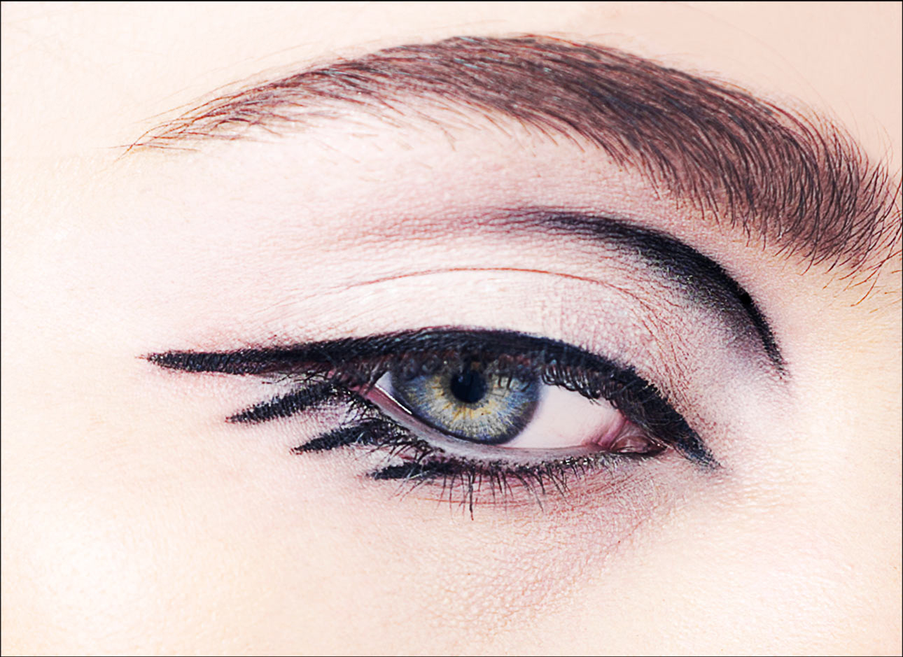 Sarah-Eye1.jpg