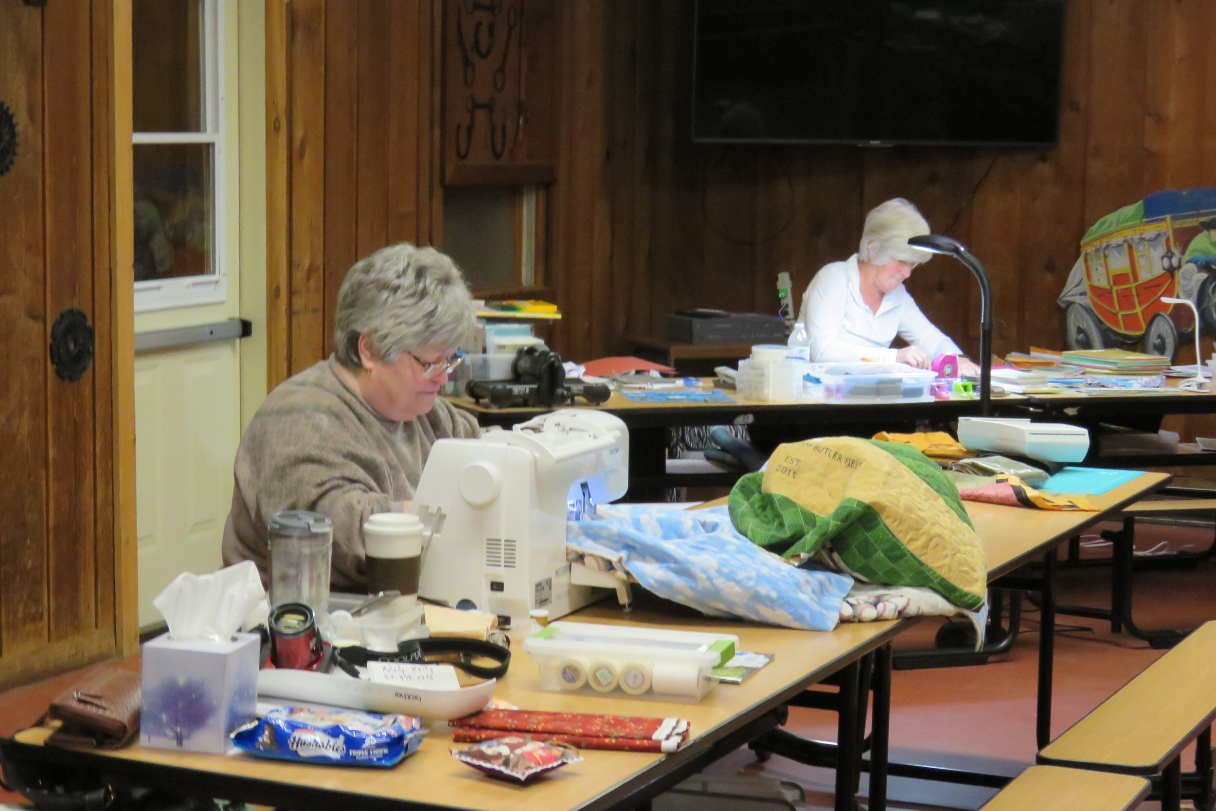 crafters wkend and christmas 018.JPG