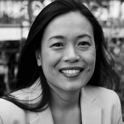 DUE QUACH    [Closing Luncheon Remarks]   Author, Founder & CEO  Calm Clarity