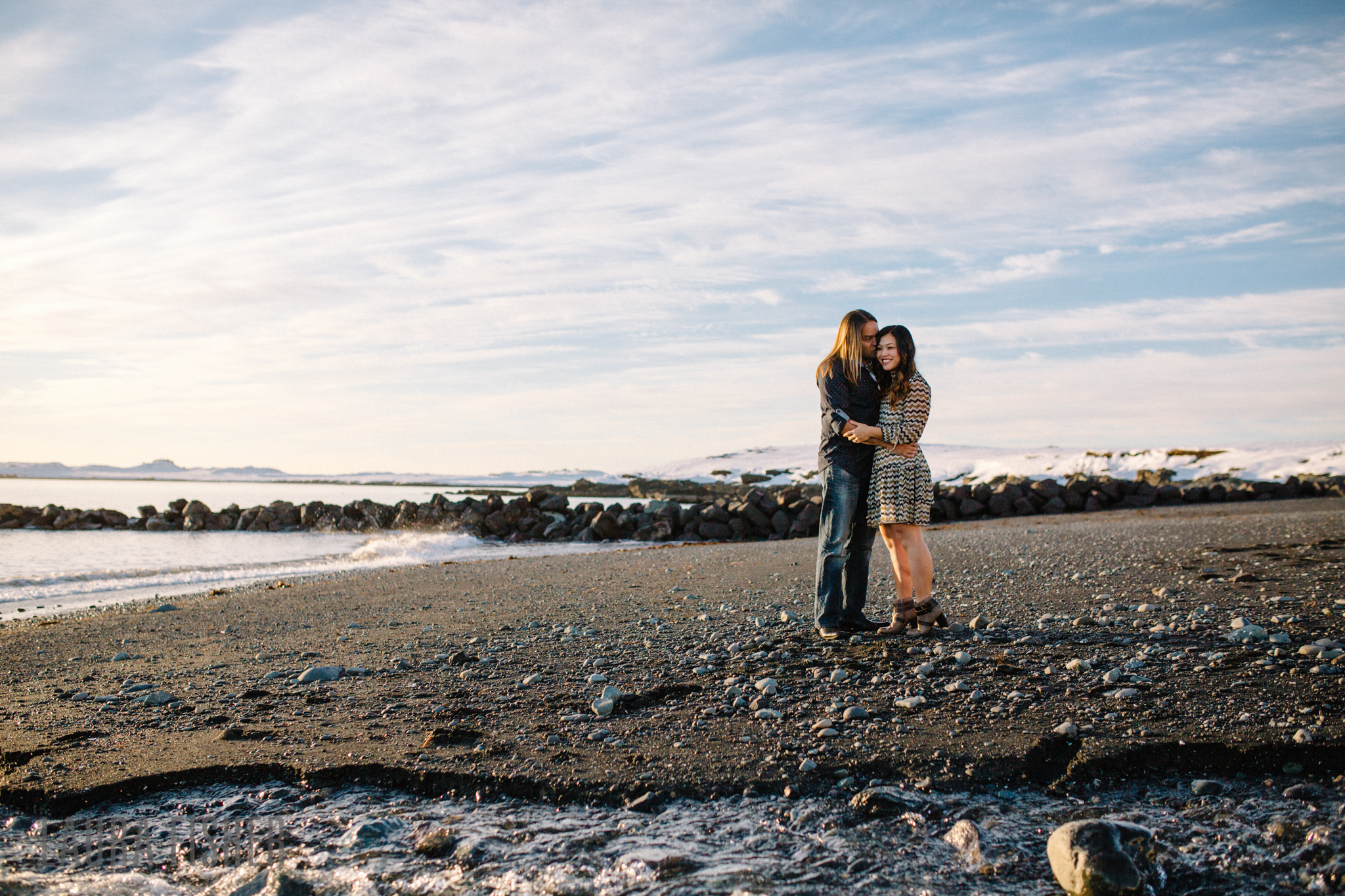 iceland-black-sand-beach-engagement-laura-fisher-photography-0004.jpg