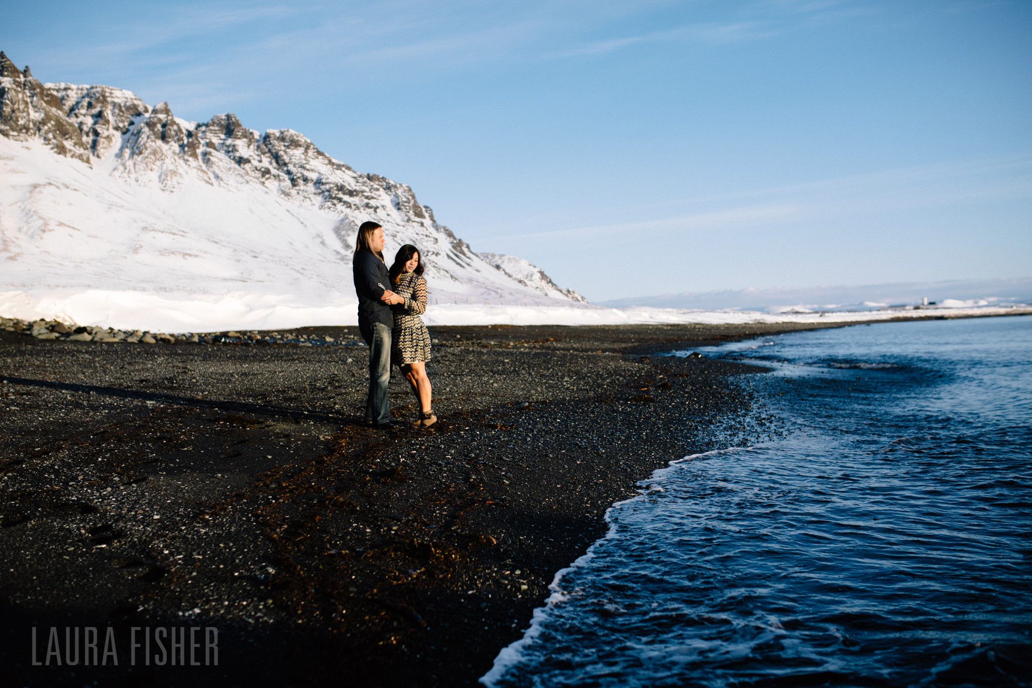 iceland-black-sand-beach-engagement-laura-fisher-photography-0013.jpg