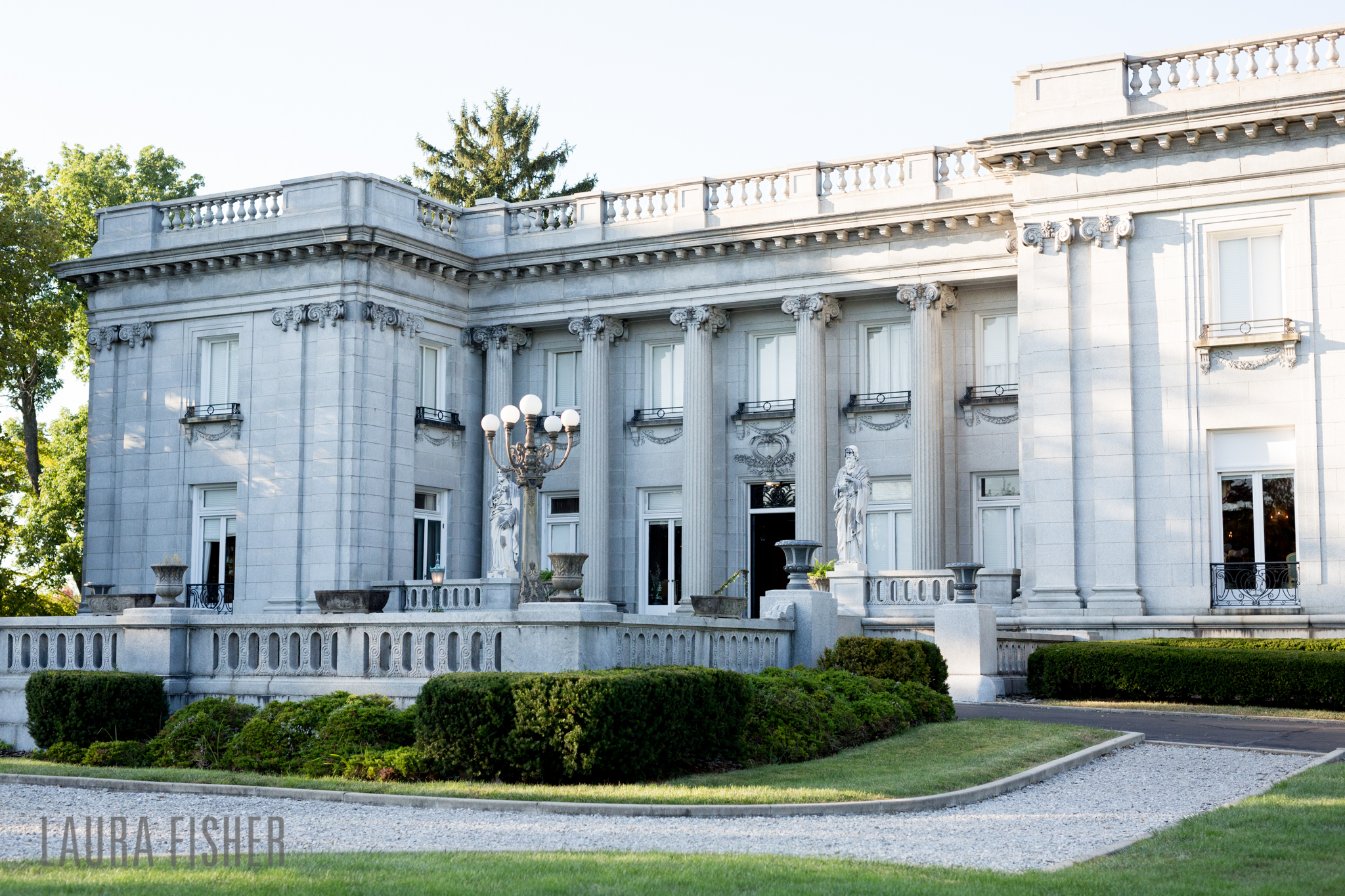 laurel-court-mansion-wedding-cincinnati-0150-2.jpg