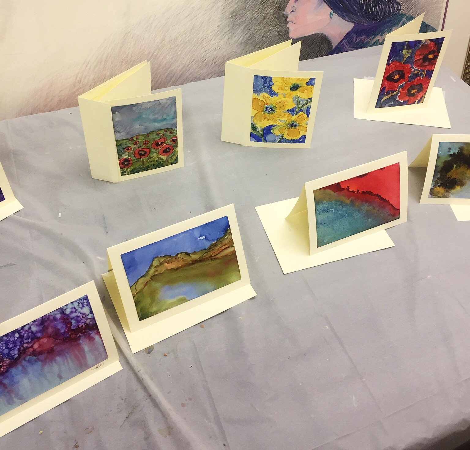 Alcohol ink greeting cards created by instructor, Lynda Kingsley.