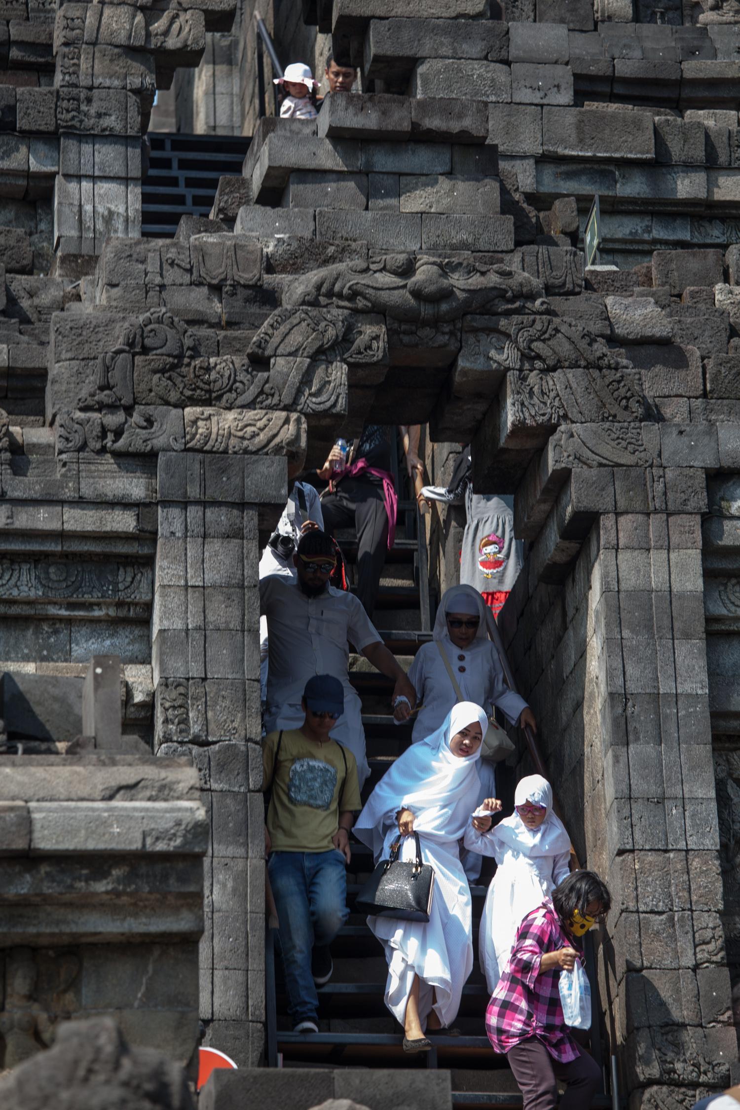 INDONESIA Java Borobadur Temple—2016 August 14 22;43;01.jpg