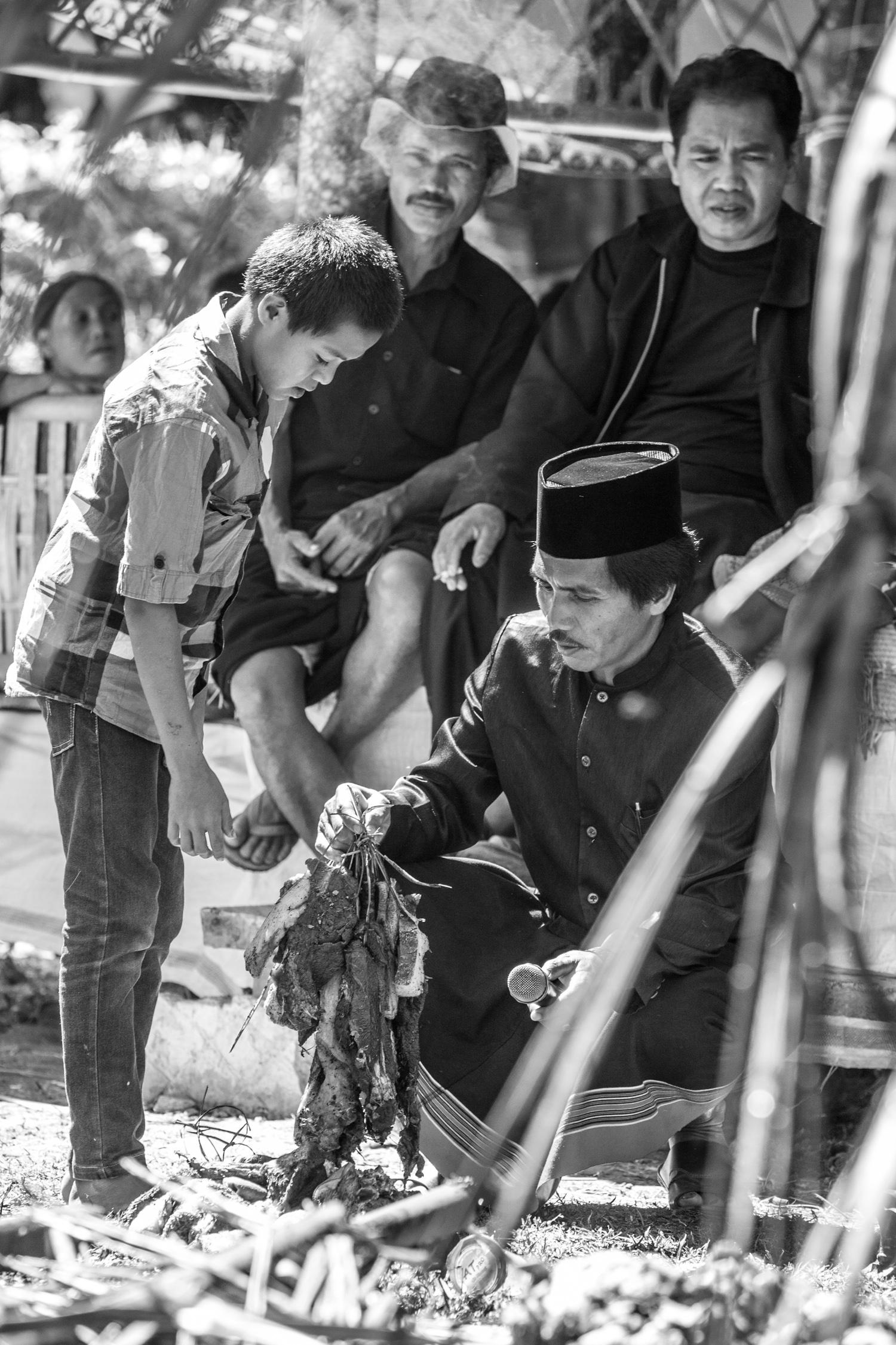 INDONESIA Sulawesi Toraja—2016 August 31 02;00;05.jpg