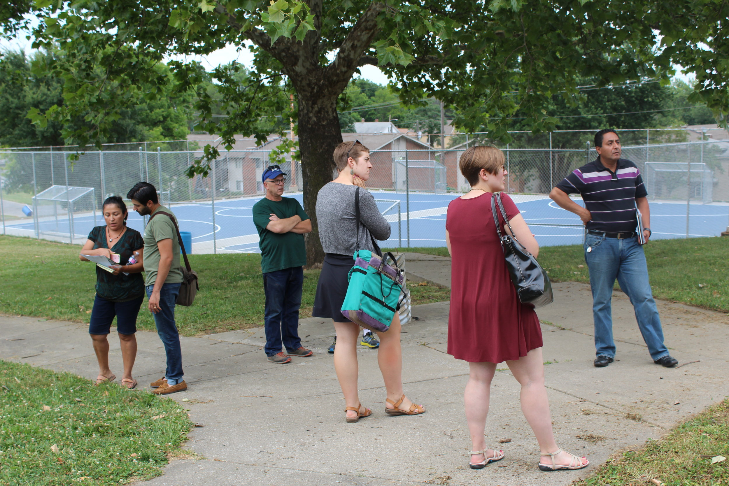 Group reviewing possible trail and park enhancements at Bethany Park