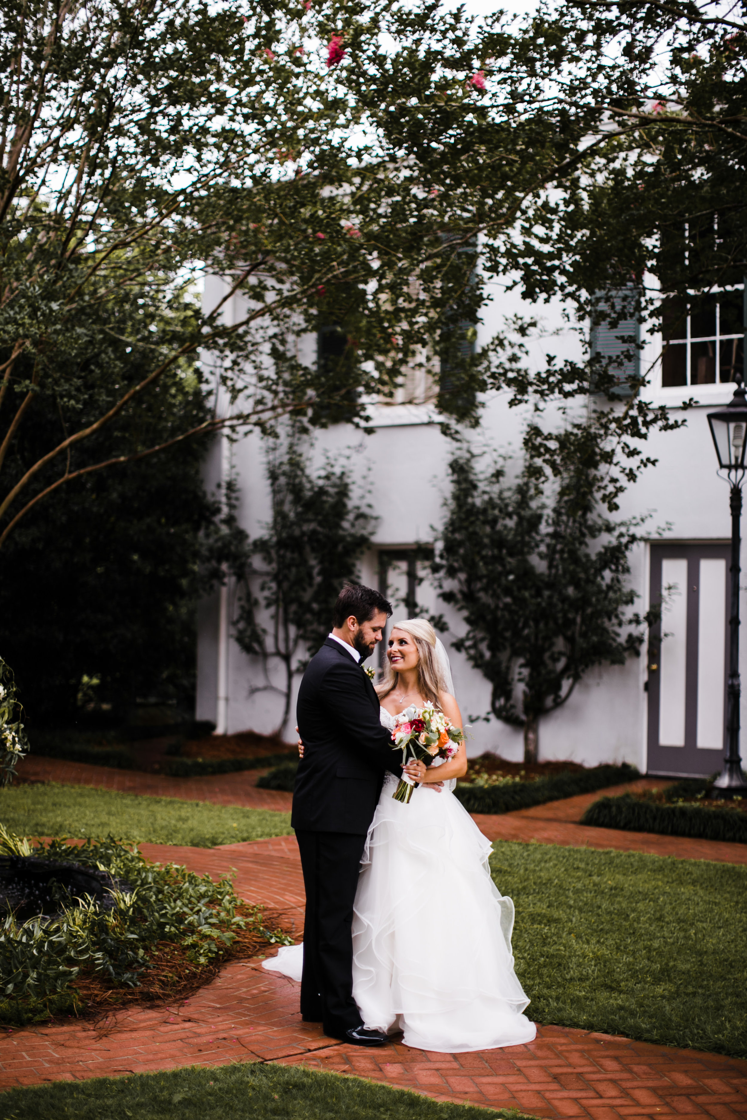 alabama-birmingham-wedding-venue-photographers-sturdivant-hall-gorgeous-39.jpg