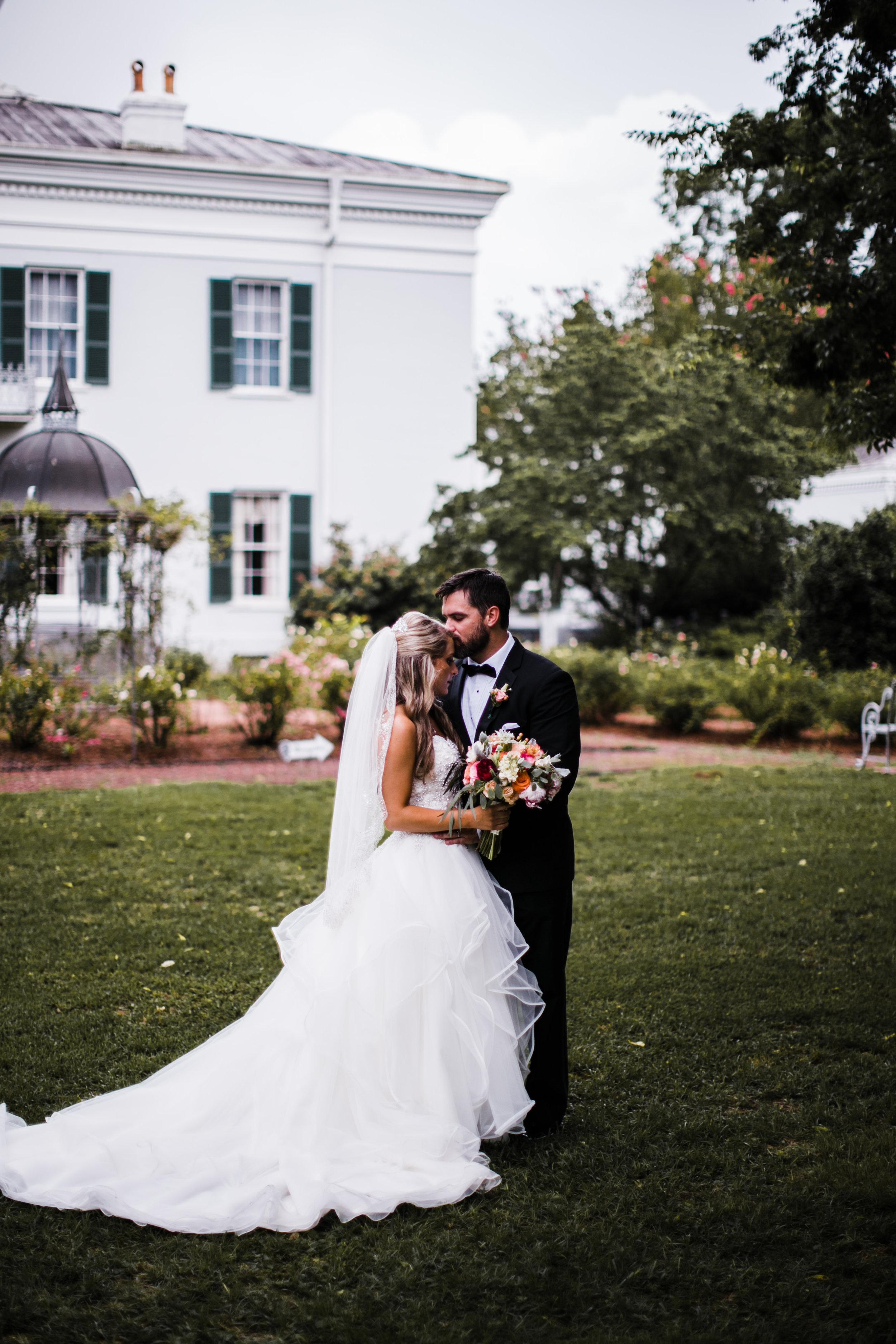 alabama-birmingham-wedding-venue-photographers-sturdivant-hall-gorgeous-48.jpg
