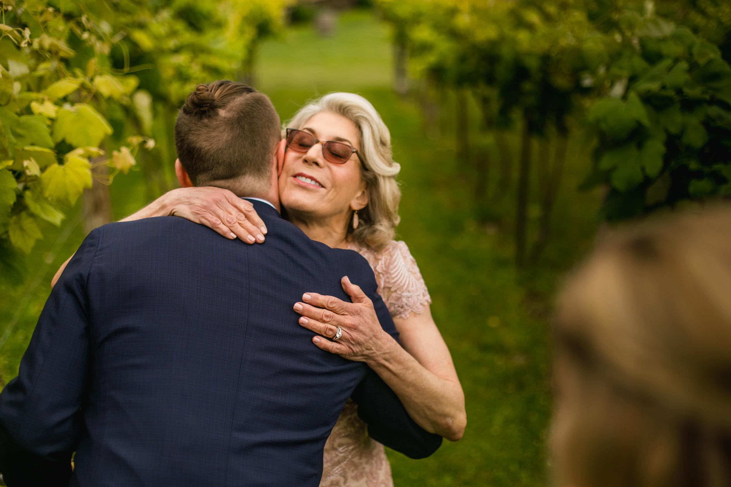 over-the-vines-wedding006.jpg