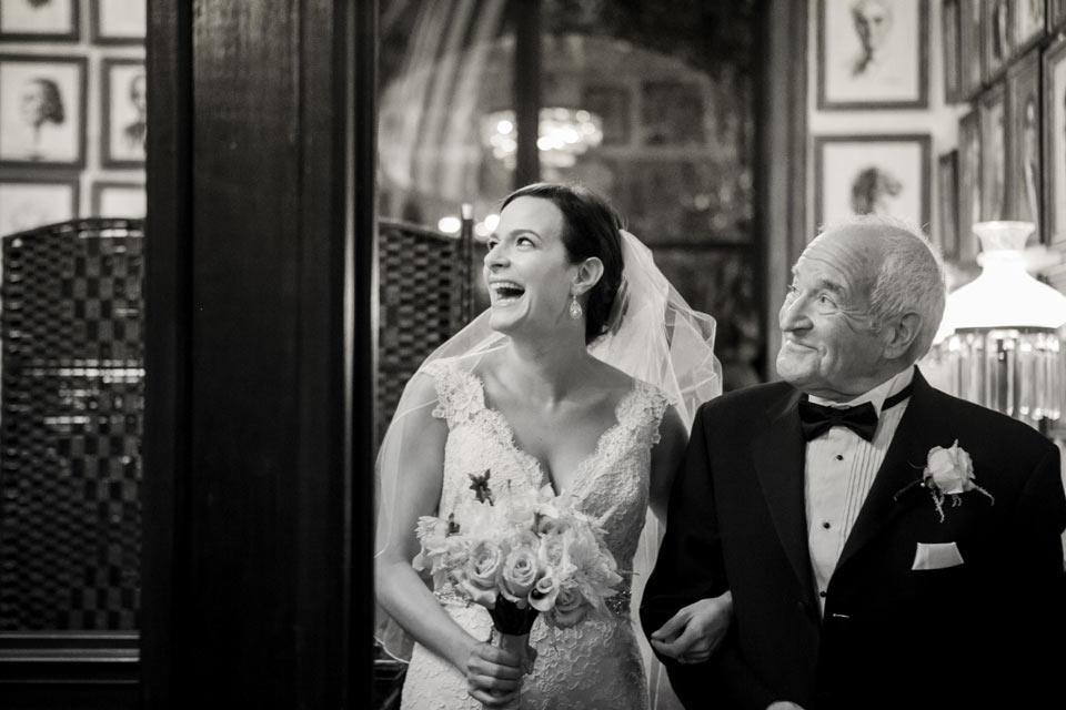 candid wedding photography 0023