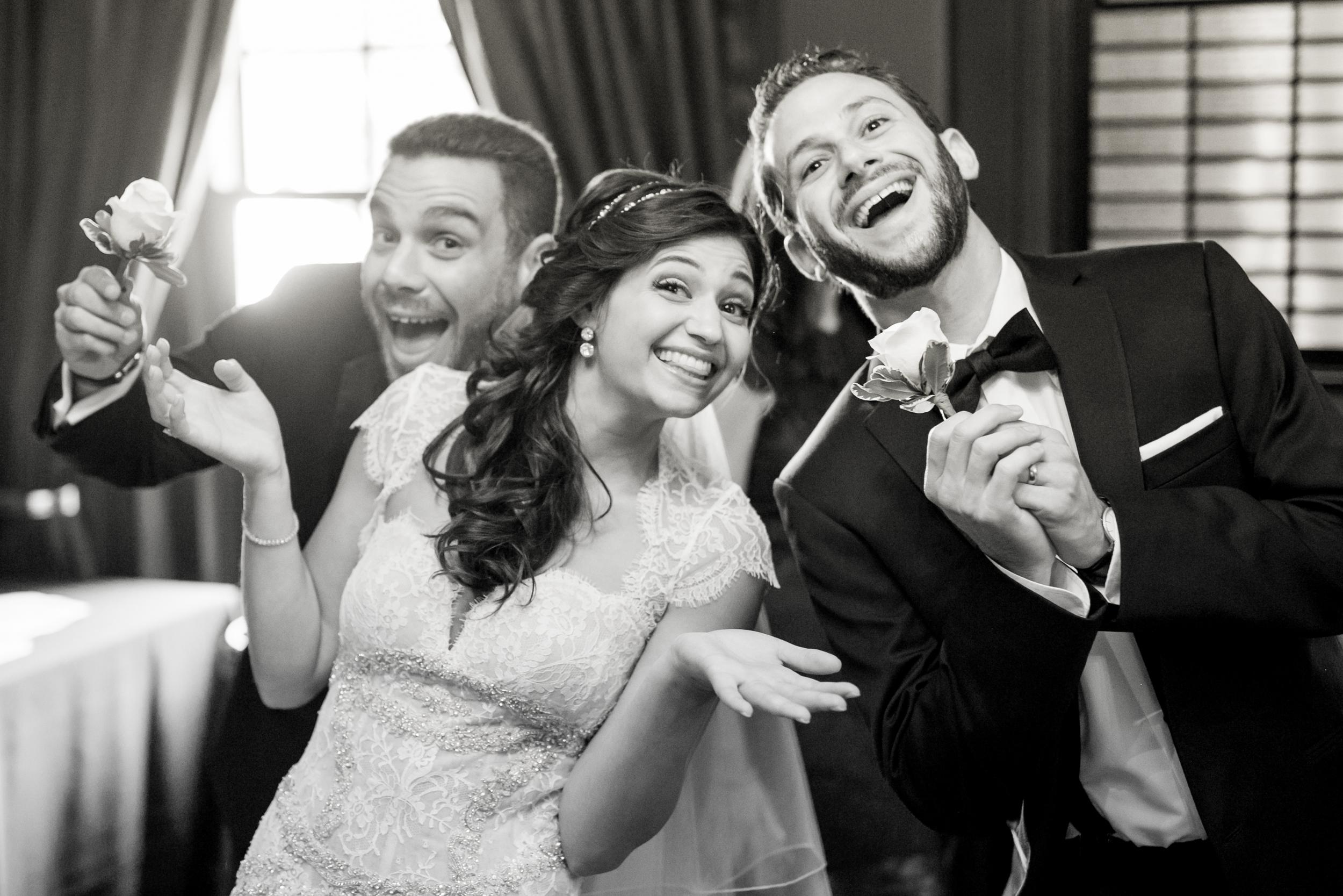 candid wedding photography 0005