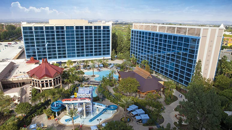 disneyland-hotel-exterior-r.jpg