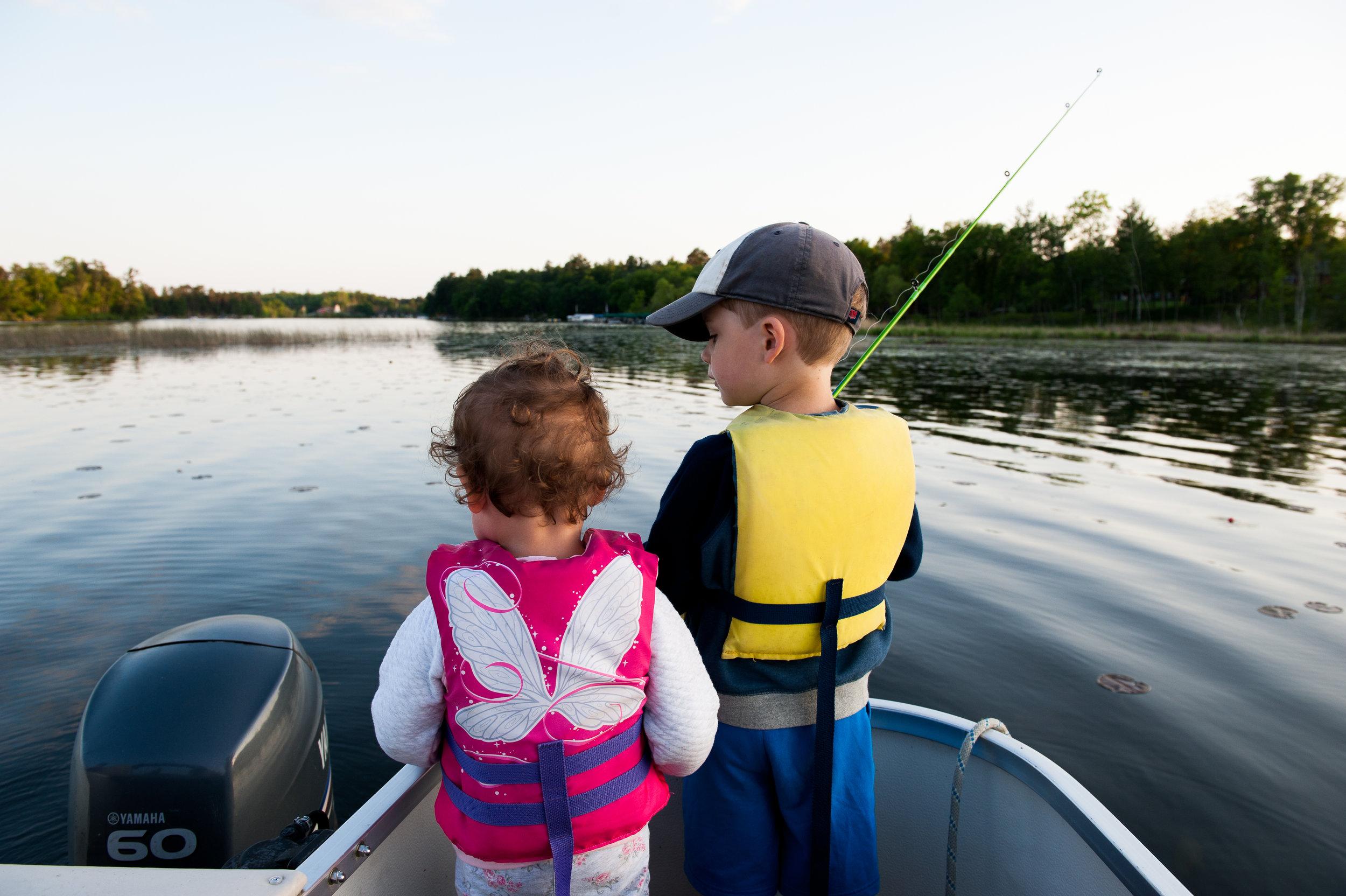 Little kids fish boat.jpg