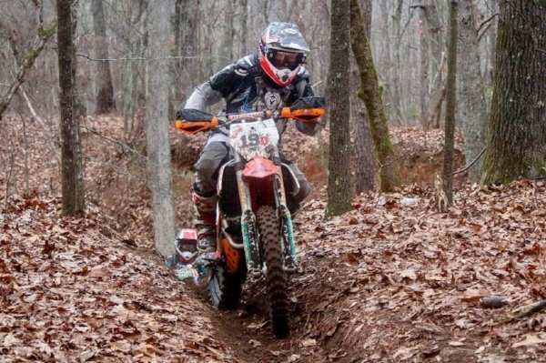Lee on the gas at the season Opener in South Carolina, Sumter National Enduro where he won his class.