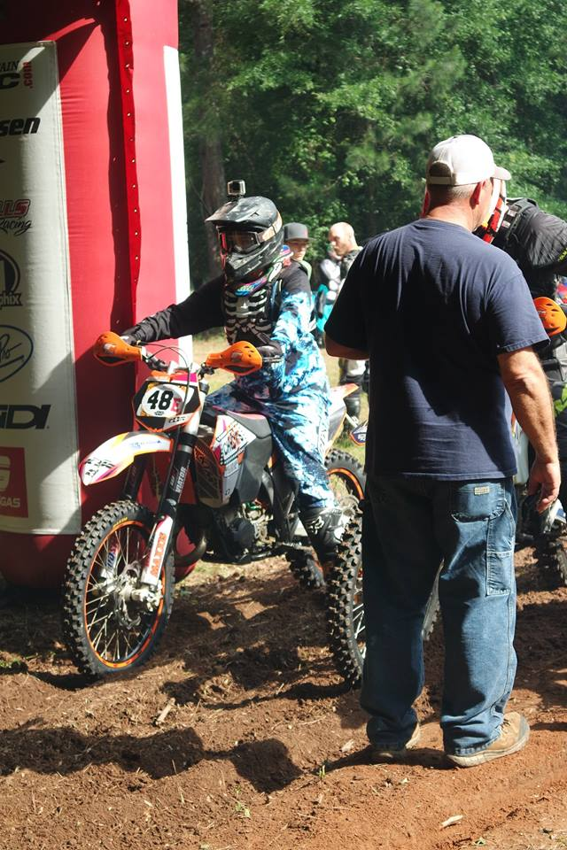 Jessica on the Starting line of a National Enduro a Few years ago.