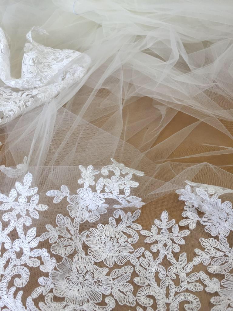Customized veil made by Paula.