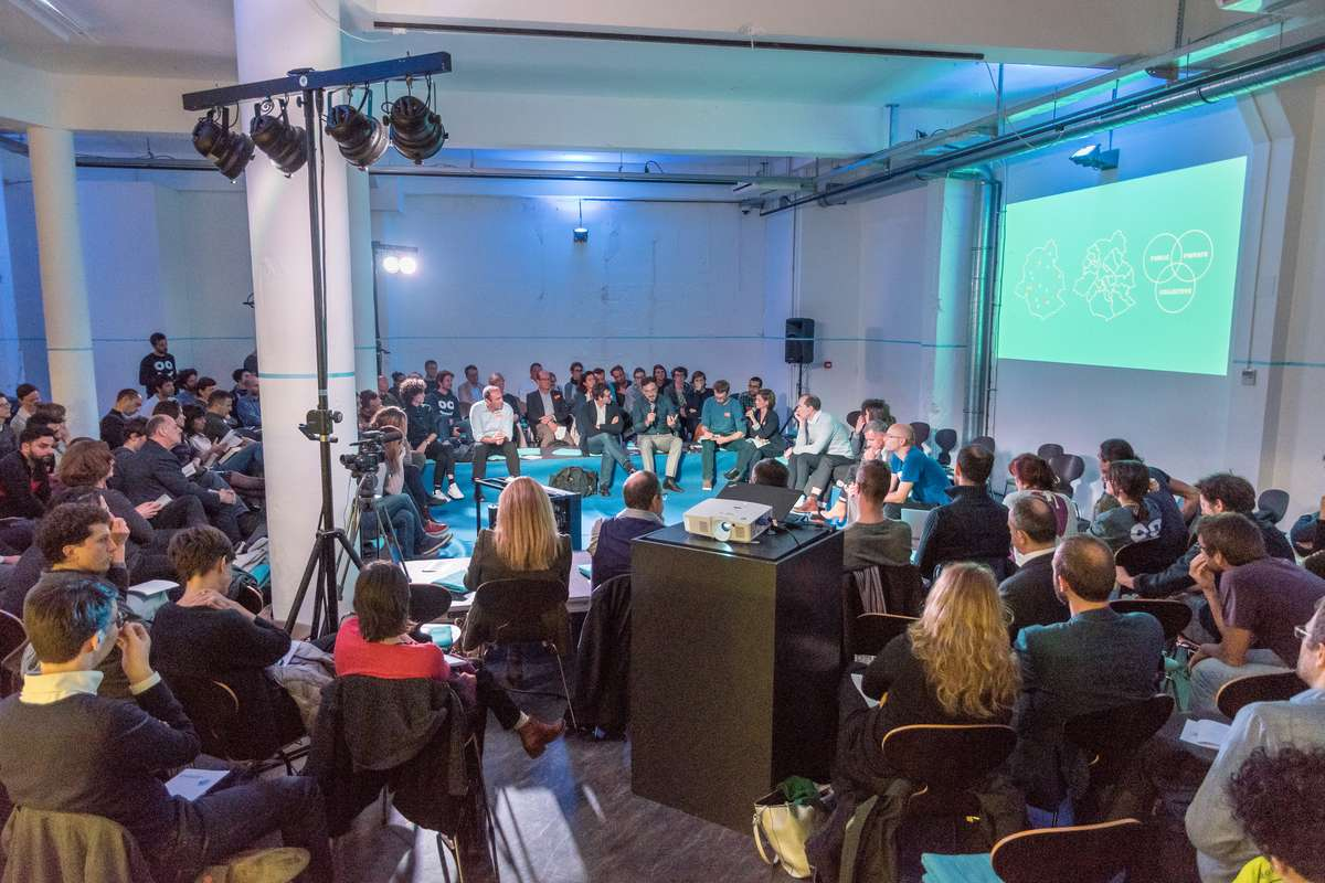 DEBATE - public debate of POOL IS COOL's strategies for outdoor swimming in Brussels with international experts and local politicians and urban planners - 2017
