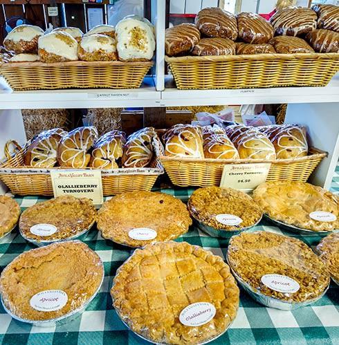 http://www.avilavalleybarn.com/bakery.html