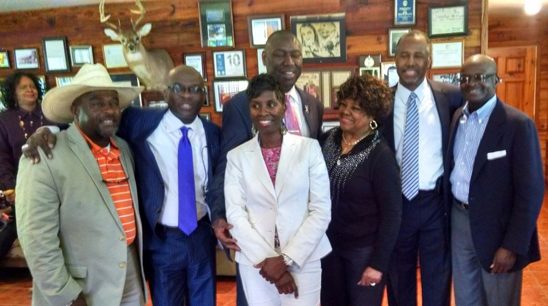 (From left to right:) Bruce Williams, Armstrong Williams, Civil Rights Attorney Benjamin Crump, Mary Williams-Taylor, Gospel Legend Shirley Ceasar, Renowned Pediatric Neurosurgeon Dr. Ben Carson, and Sen. Kent Williams
