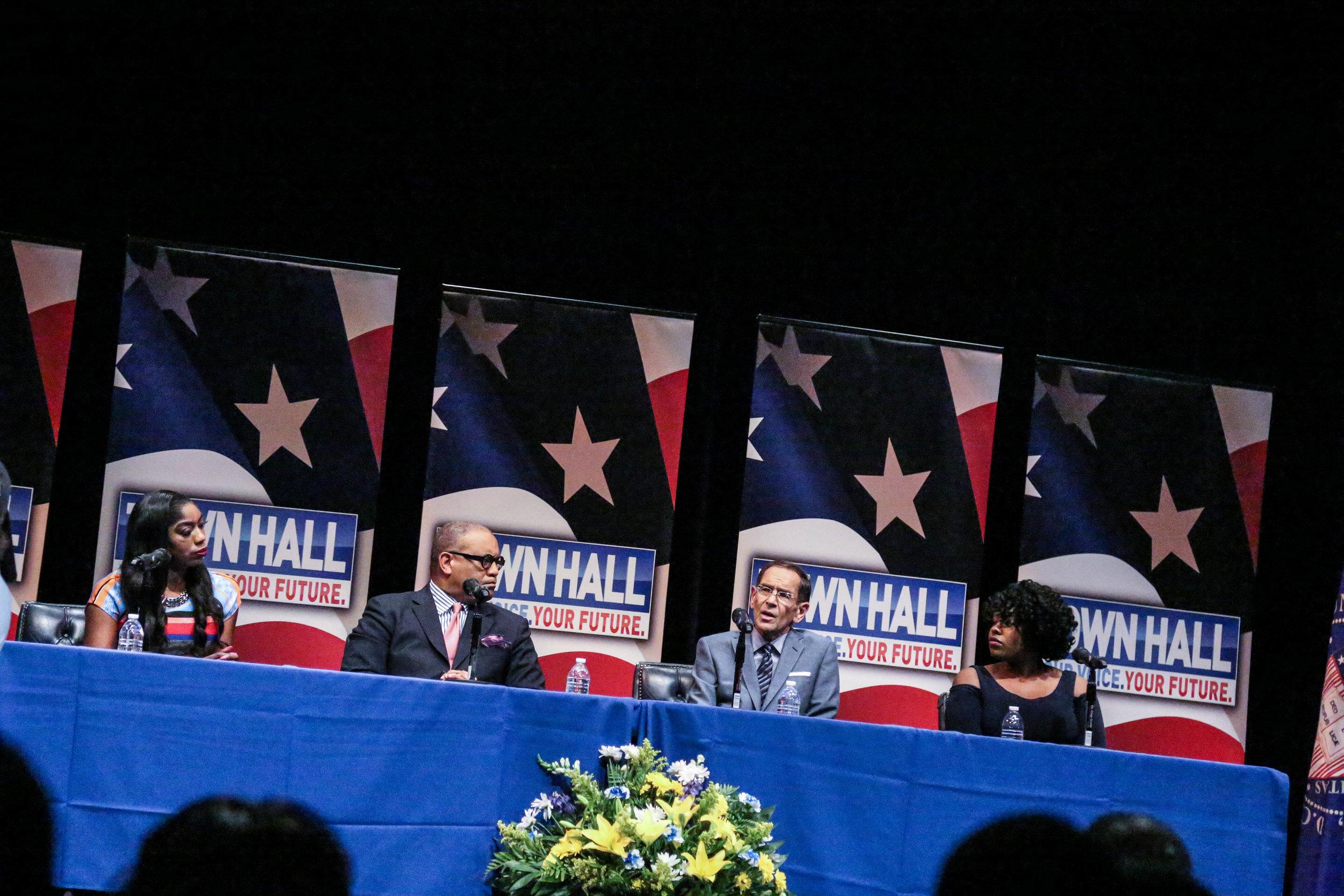 Howard Townhall 6|12|17-5.jpg