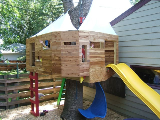 treehouse for niece & nephew, St. Paul MN, 2006