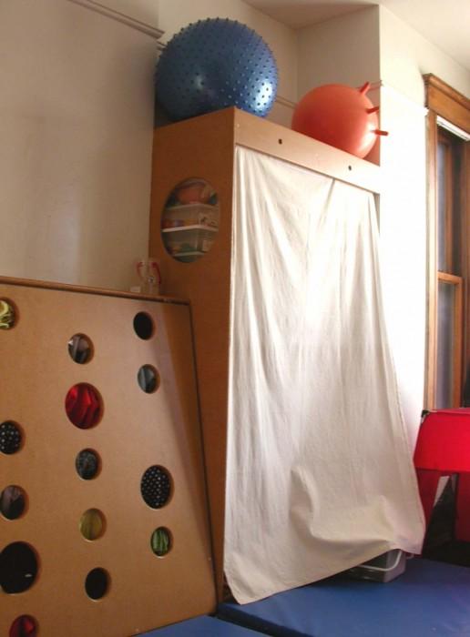 equipment and storage design/build for Amy Zeir & Associates, Chicago 2002 (with Ken Camden)