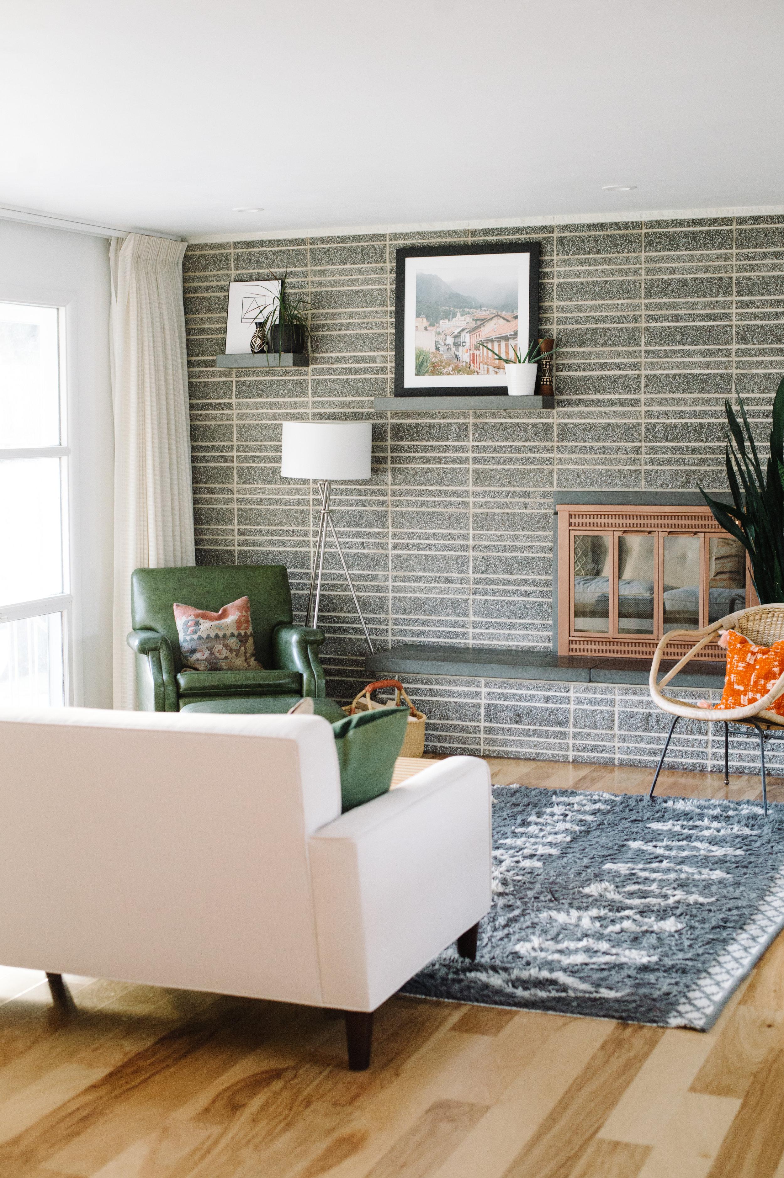 livingroom2017-5.jpg