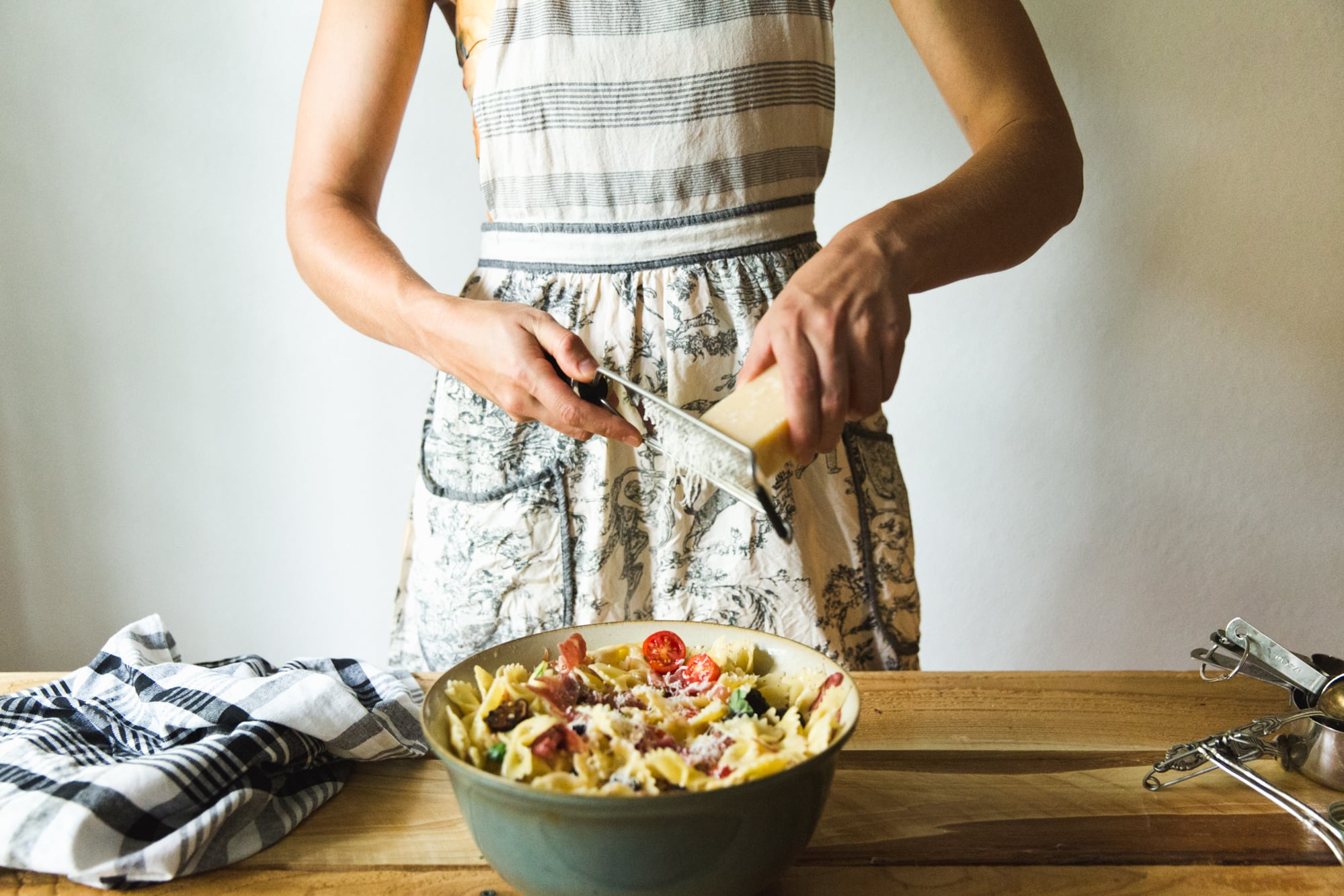 fig-prosciutto-pasta-salad-recipe-19.jpg