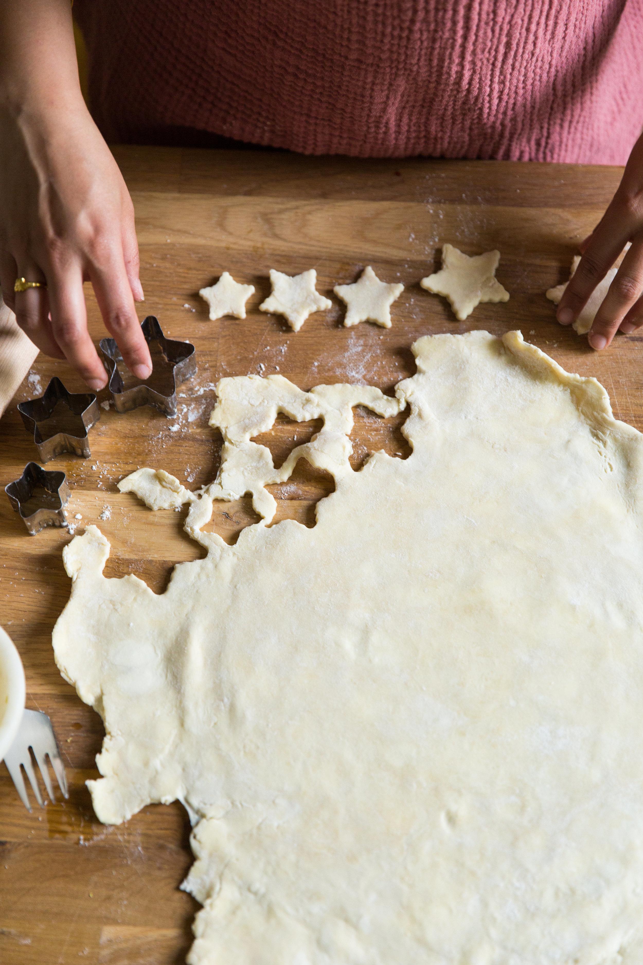 Decorating Pie Crust