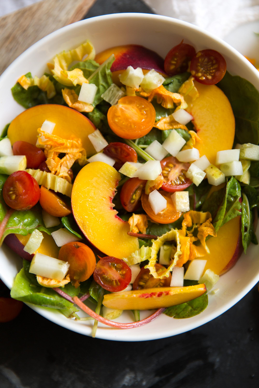 garden salad with white vinaigrette