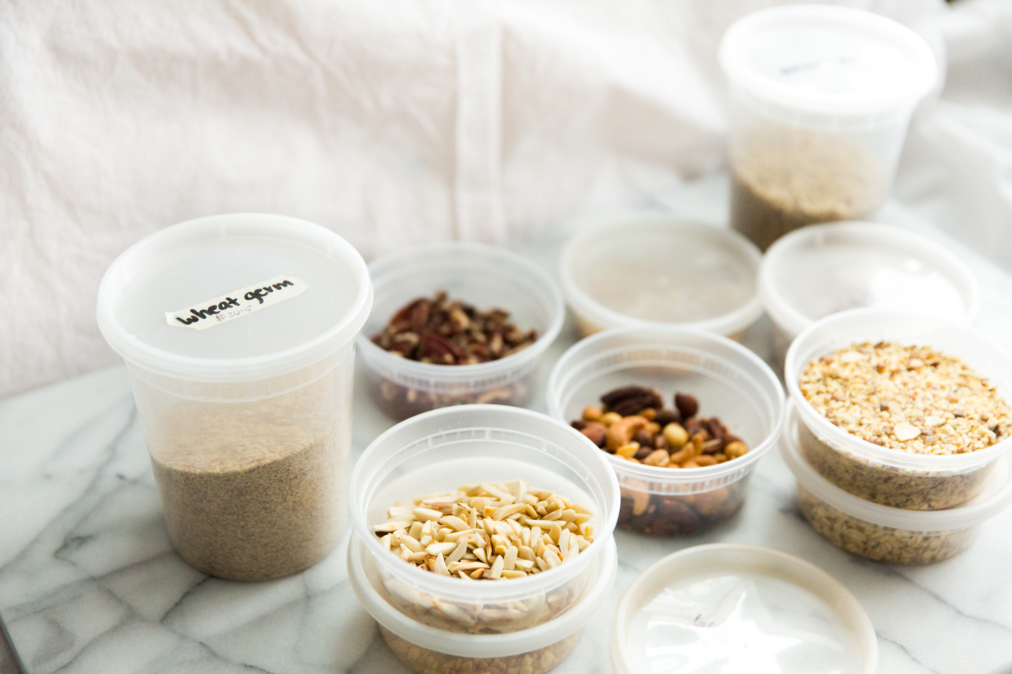 The Best Way ToGrocery Shop - How to Use Your Own Containers For Bulk Shopping