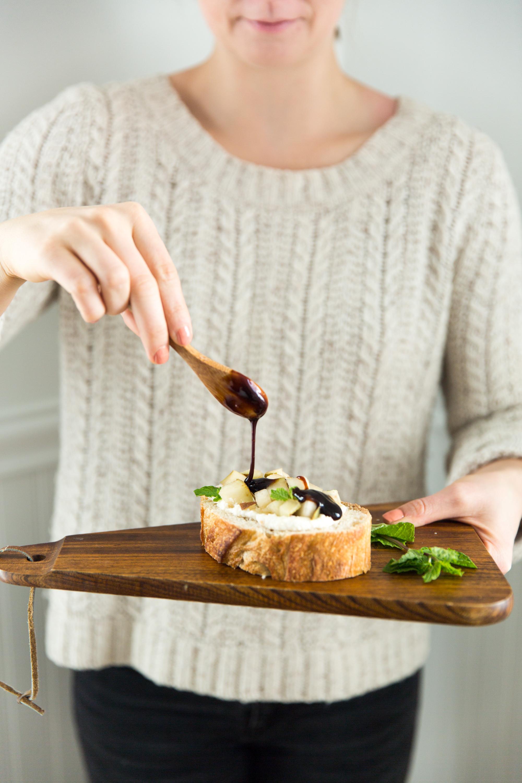 Pear Bruschetta Recipe
