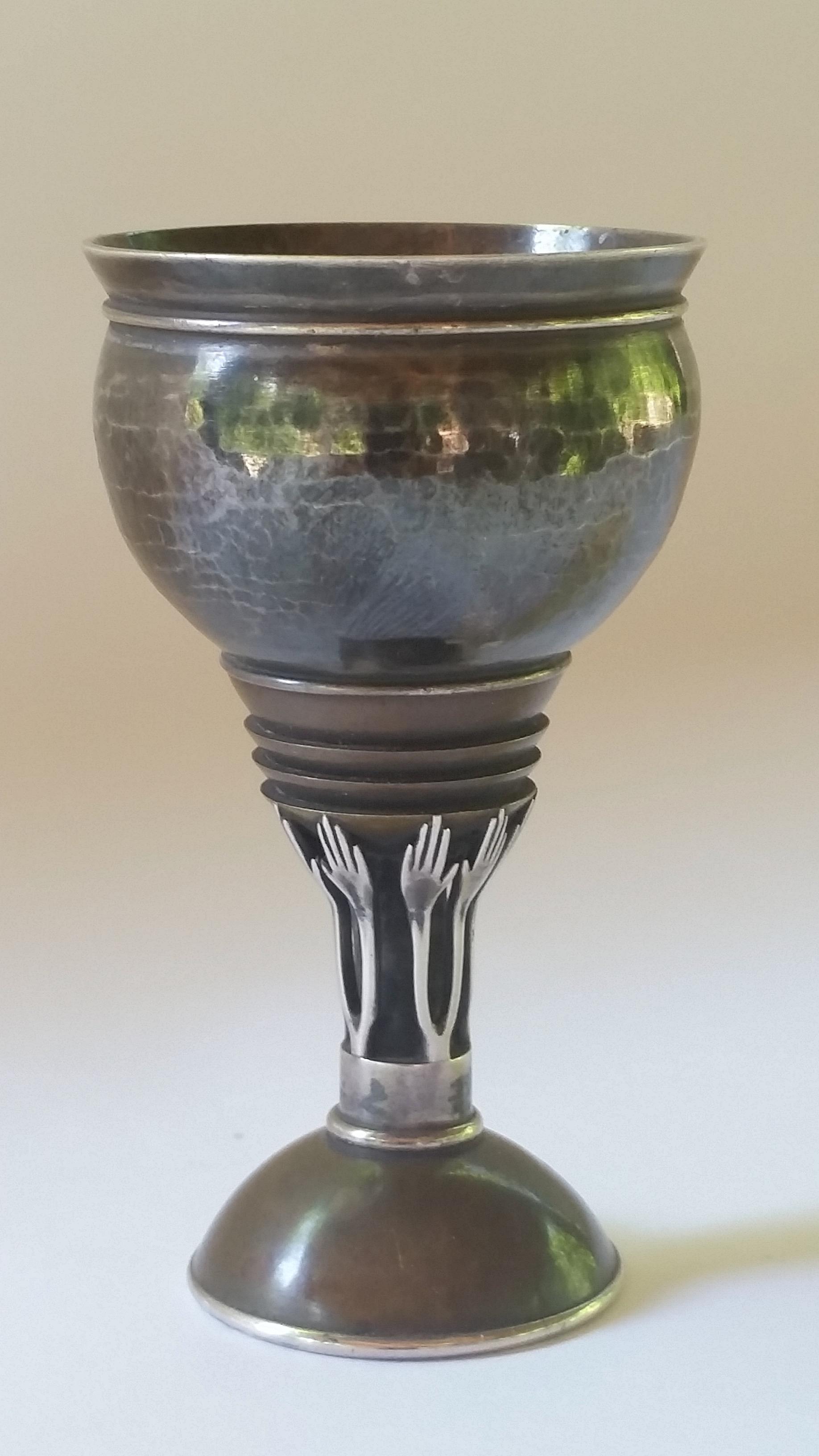#2.jpg   cup, sterling, copper. 7.5 cm h, 4 cm w, 4.2 cm w.$6000.jpg