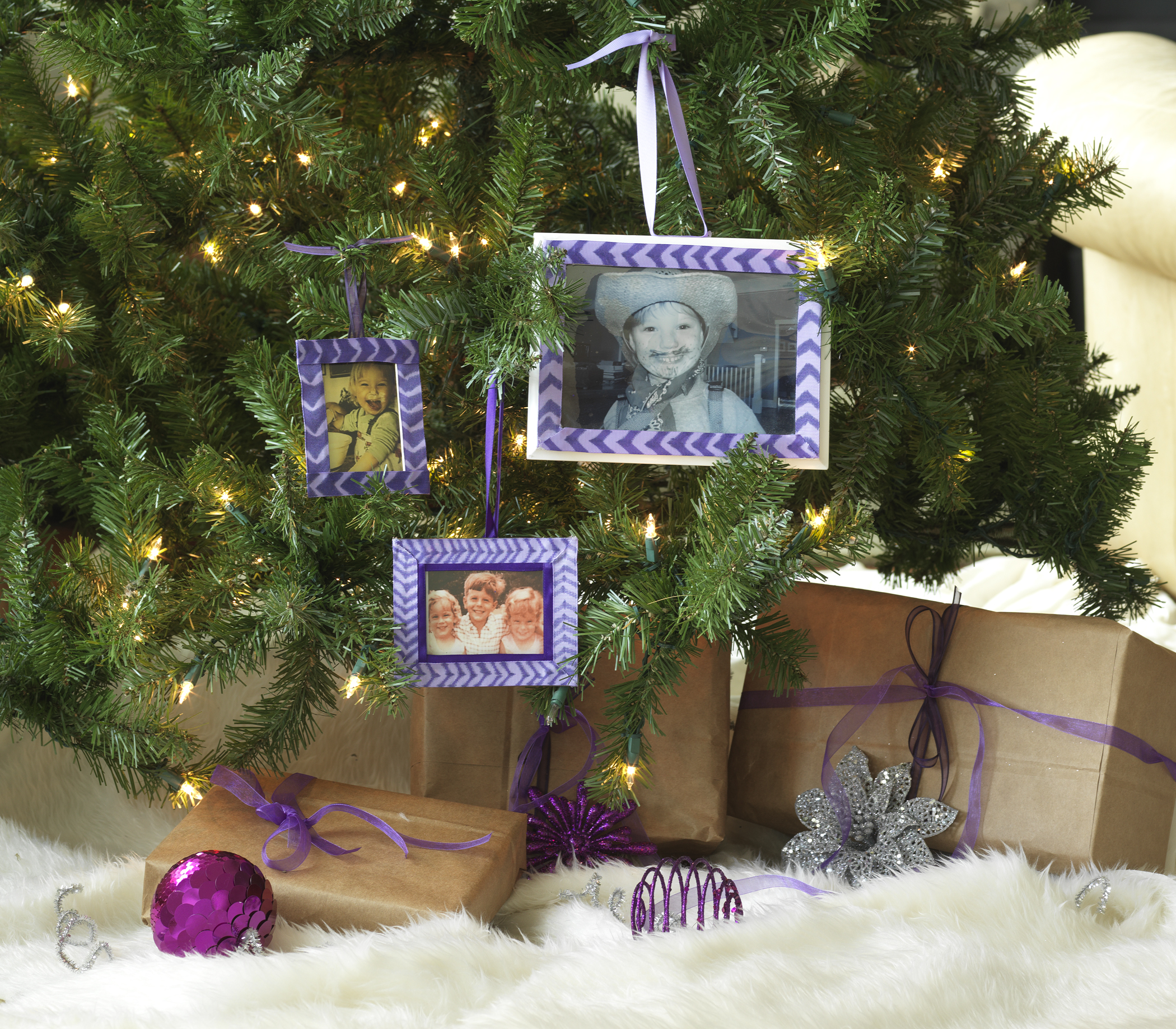 Yes…there is a whole series of Retro-Inspired Holiday DIY's as well, including this picture frame redo!  See them here.