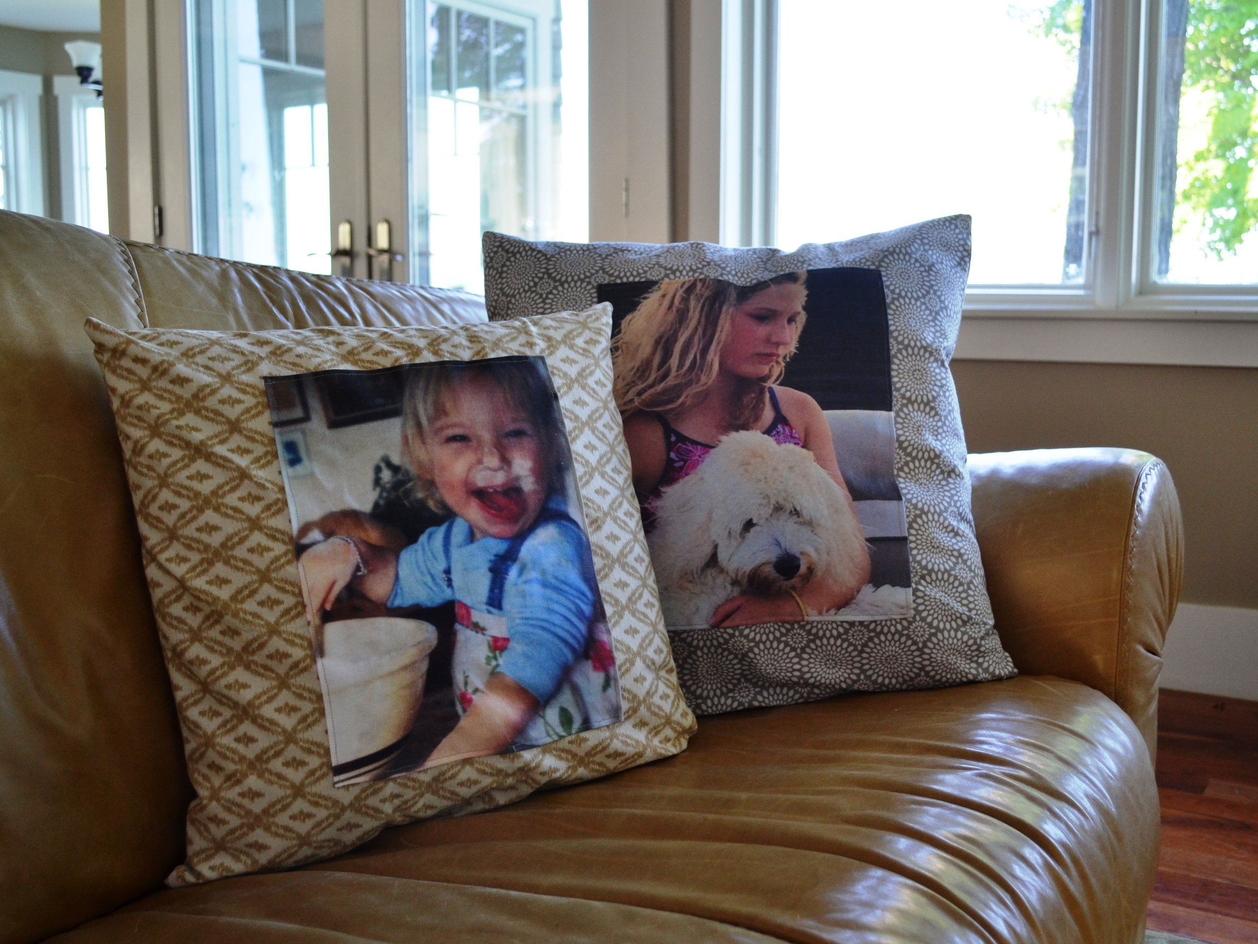 Who doesn't love a photo pillow for Mother's Day. These IRON-ON TRANSFERS make is SUPER SIMPLE.  PLUS… More EASY PILLOW IDEAS HERE.