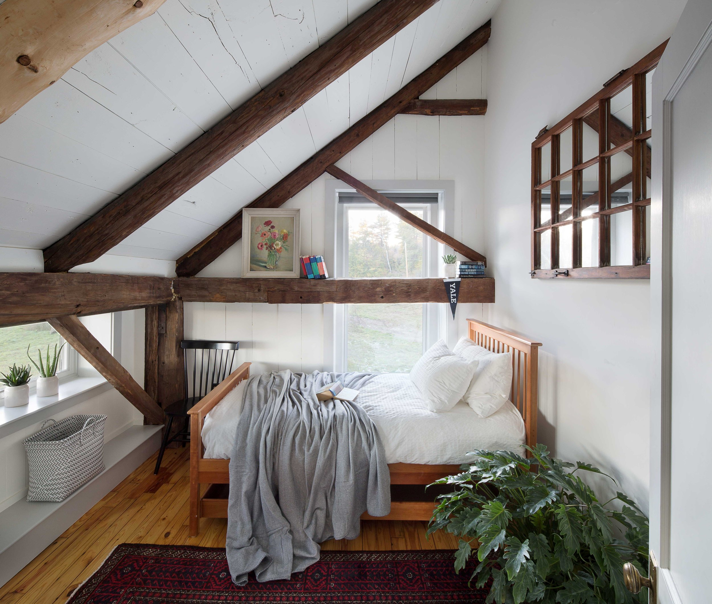 Vacaton Home Old Barn Interior Design by Joanne Palmisano Photo by Lindsay Selin.jpg