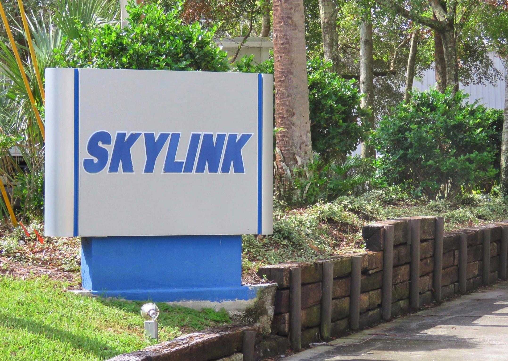 Skylink enterance.jpg