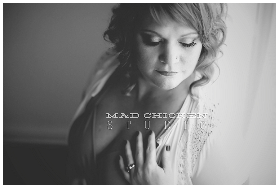 duluth minnesota boudoir photography by jes hayes of mad chicken studio | gorgeous boudoir photographs