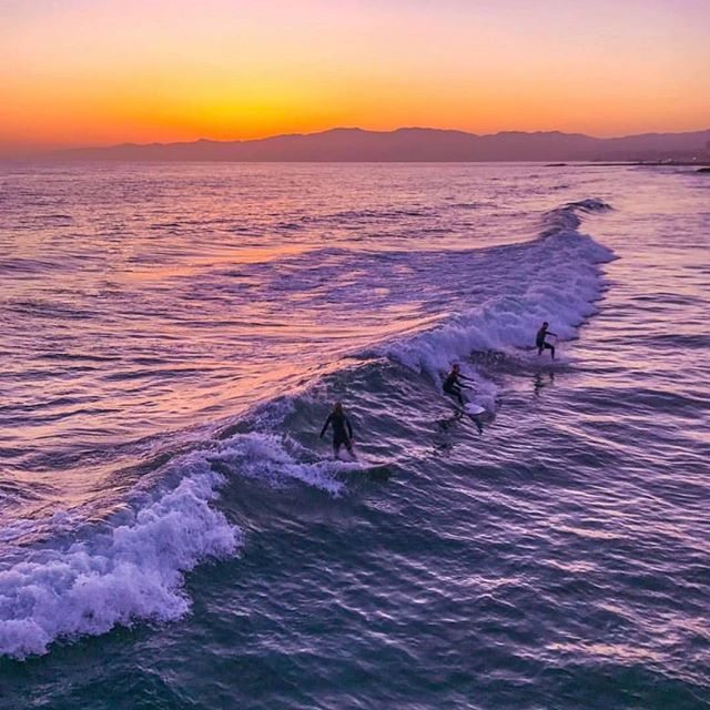 The sunset vibe. . . . #surfing #california #college #fraternity #sorority #tfm #tsm #greeklife #venicebeach #pier