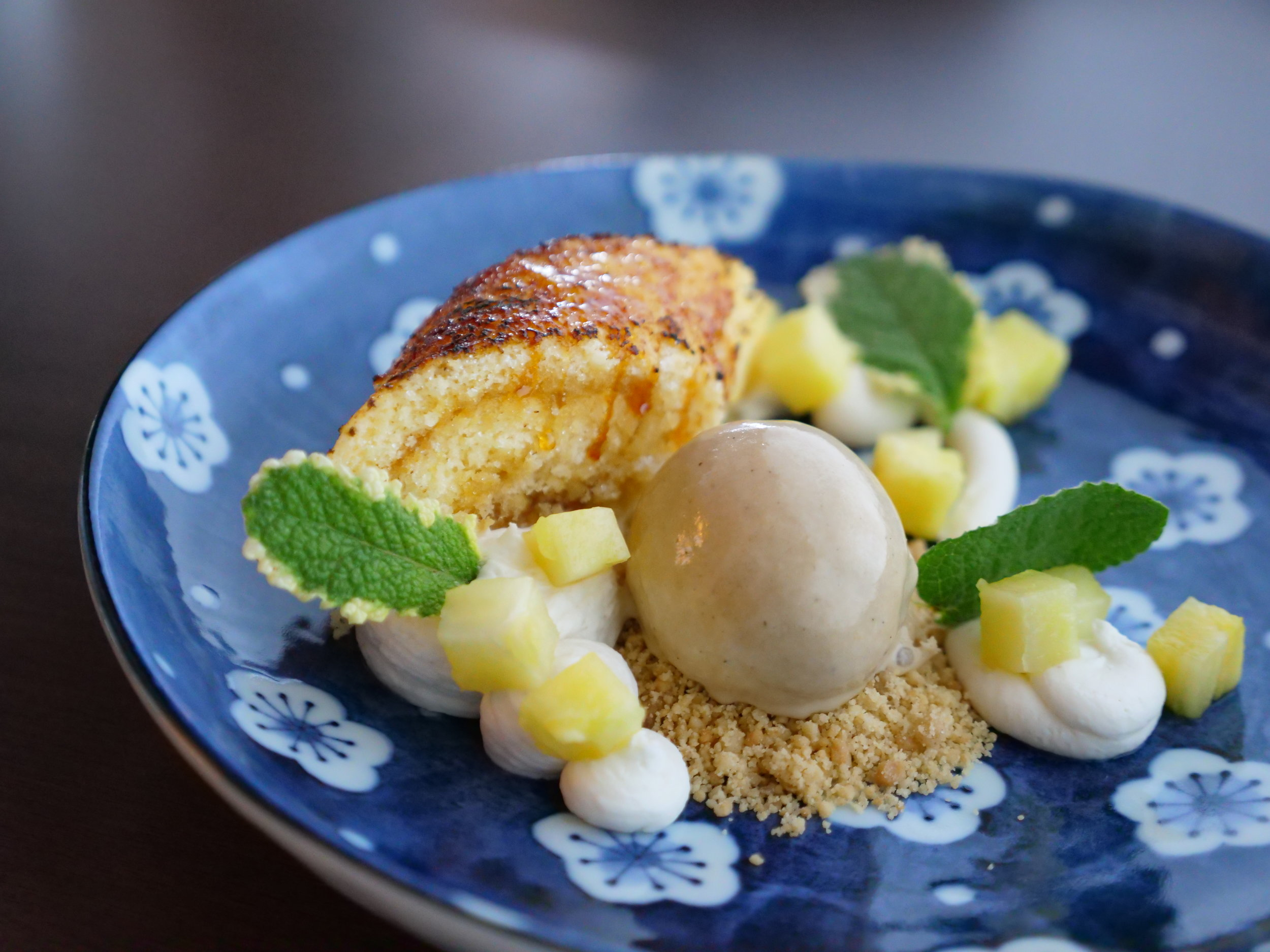 PINEAPPLE CAKE, COCONUT CREAM, CINNAMON CRUMB, OOLONG TEA ICE CEAM.