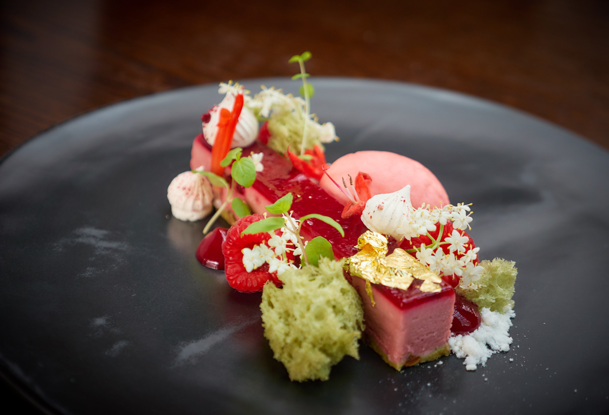 RASPBERRY DELICE, PISTACHIO, WHITE CHOCOLATE SNOW, MICRO MINT, FRUIT SALAD SAGE, ELDERFLOWER.