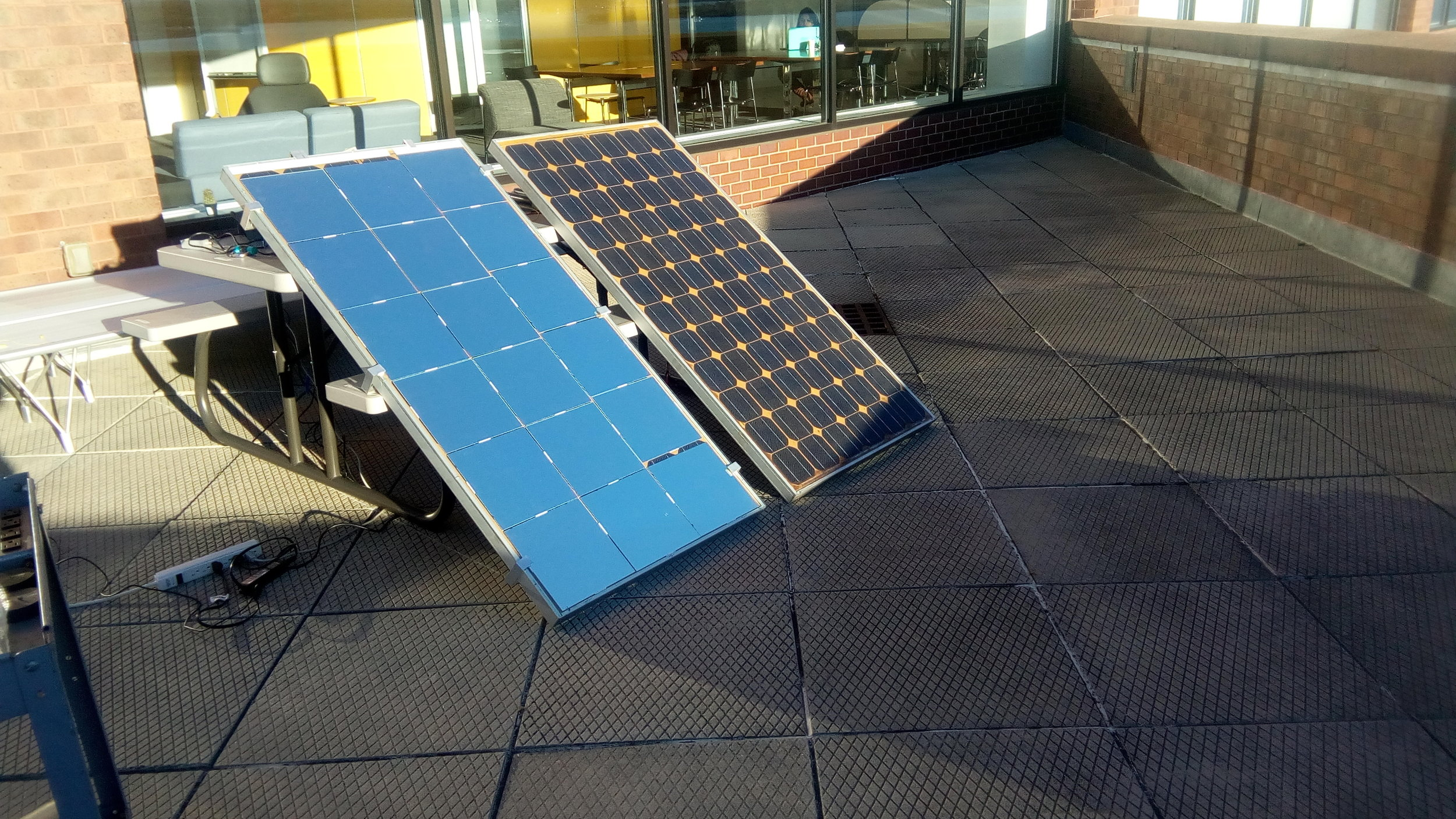 A solar panel using PSC™ technology vs. a standard solar panel